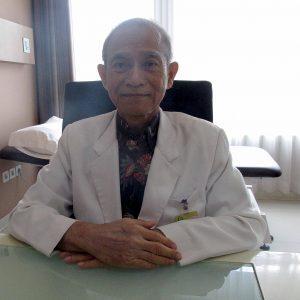dr Leksmono Partoatmodjo, MHPEd, Sp.S (K)