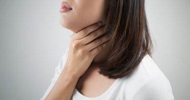 kenali-penyebab-tenggorokan-kering-dan-cara-mengatasinya-alodokter