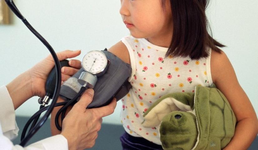 Hipertensi pada Anak, Kenali Faktor Penyebabnya - RS Al-Irsyad Surabaya